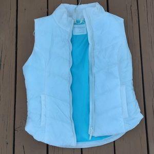 Comfortable white Aeropostale Vest!❤️